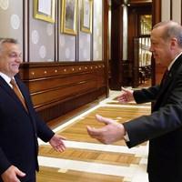 A Fidesz összezavarodott, ezért lebuktatta magát