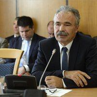 Egyből fullba tolta a kretént az új mezőgazdasági miniszter: azért van sertéspestis, mert egy migráns eldobott egy szendvicset