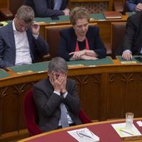Háború a Fidesz csúcsán: Orbán