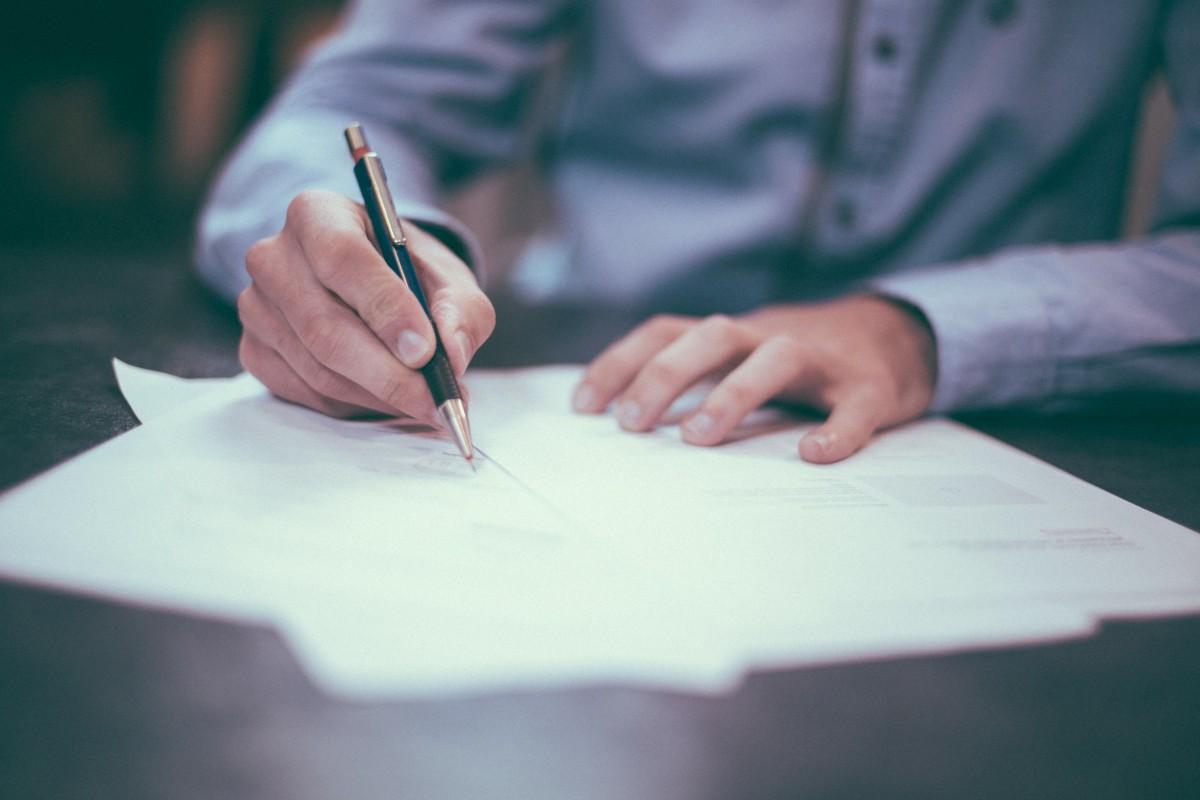 writing_pen_man_boy_male_ink_paper_pencils-655321_jpg_d.jpeg