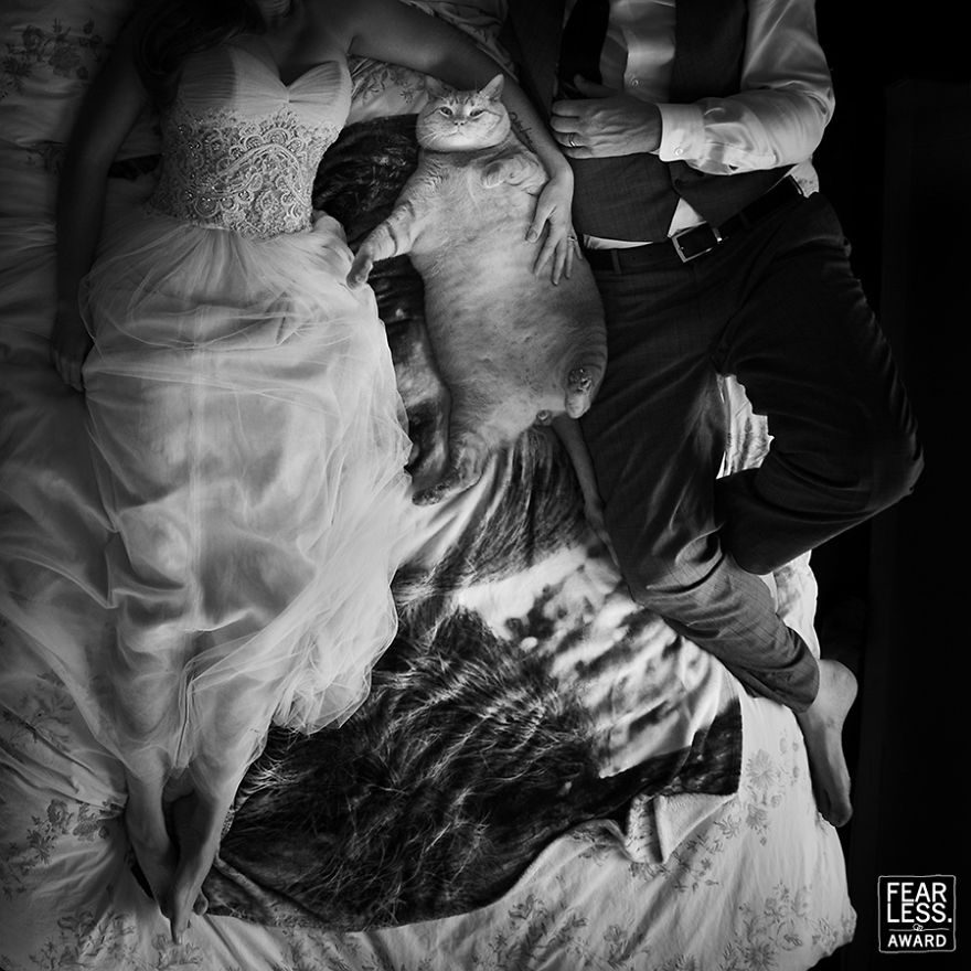 best-wedding-photos-2017-fearless-awards-295-59e45d3008eab_880.jpg