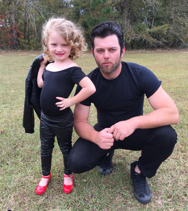 father-daughter-halloween-costume-ideas-13-5806157fca44a_605.jpg
