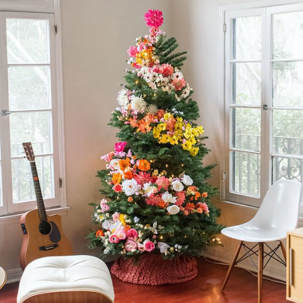 floral-christmas-tree-decorating-ideas_605.jpg