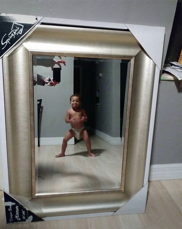 funny-people-sell-mirrors-reflections-64-5ab4cfab12b4e_605.jpg
