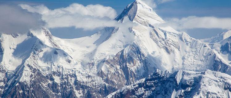 khan-tengri-and-pobeda-peaks-content.jpg