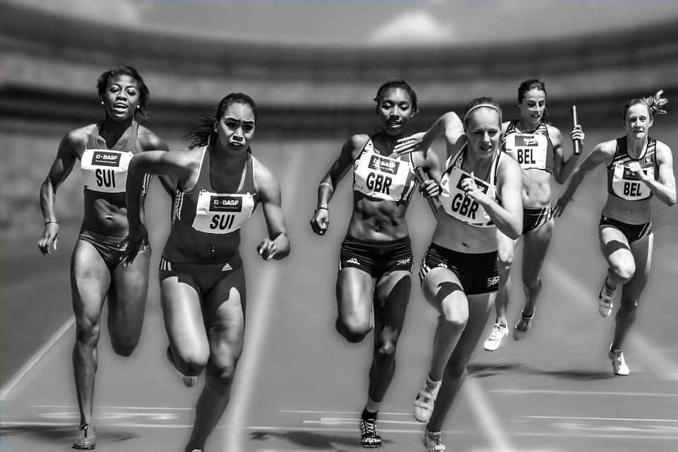 relay-race-655353_960_720.jpg