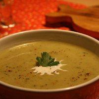 Brokkolikrém leves