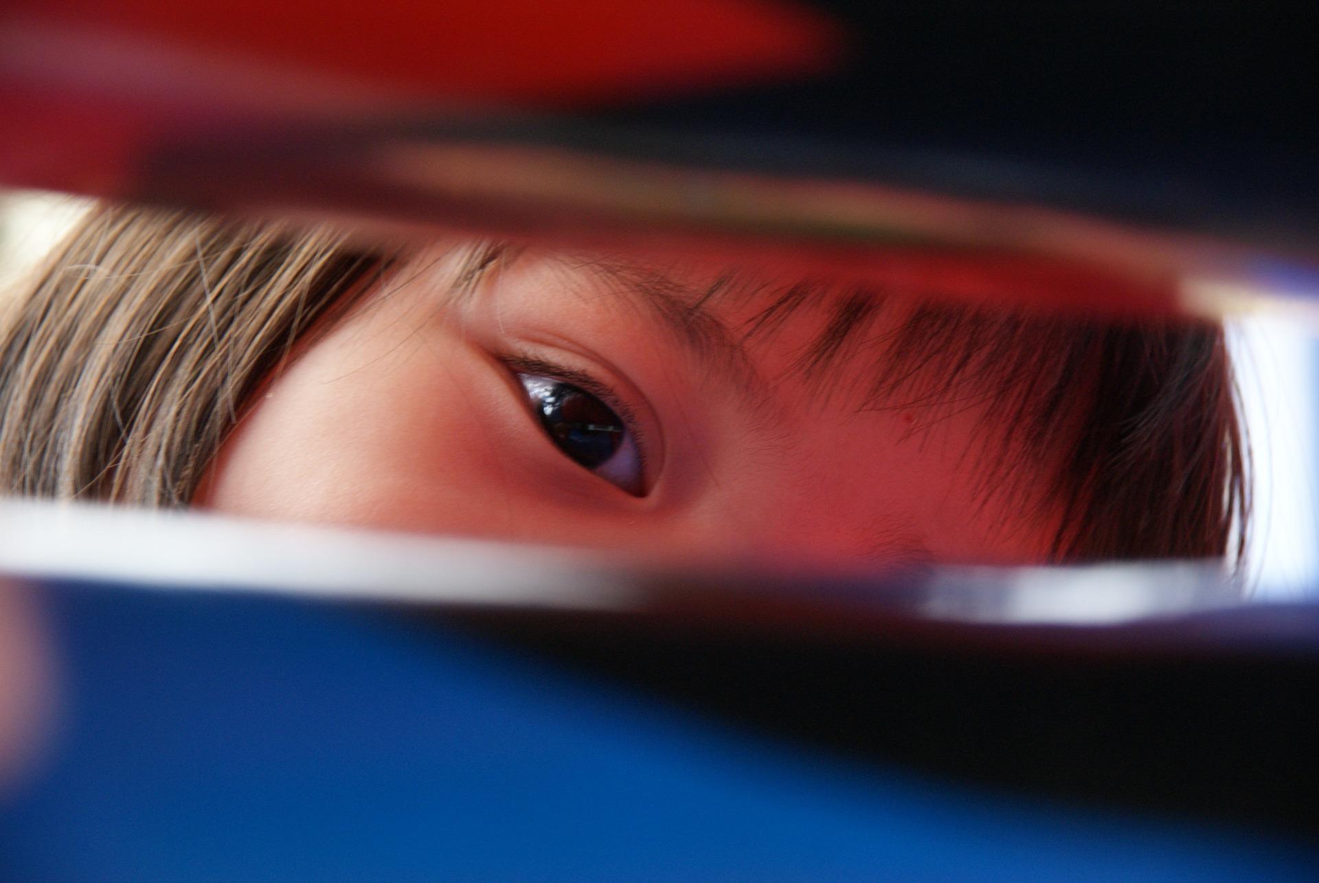 keskeny pupilla látásélessége