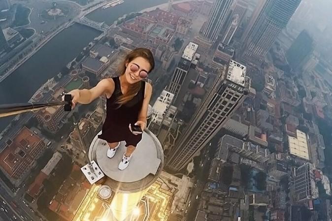 moda-selfie-estremo-grattacieli-russia-orig_main.jpg