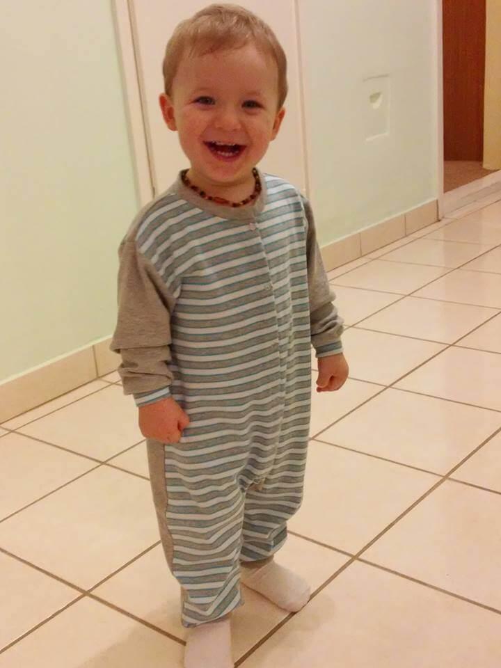 1960d26527 Melyik legyen a rugi vagy a gyermek kezeslábas pizsama?
