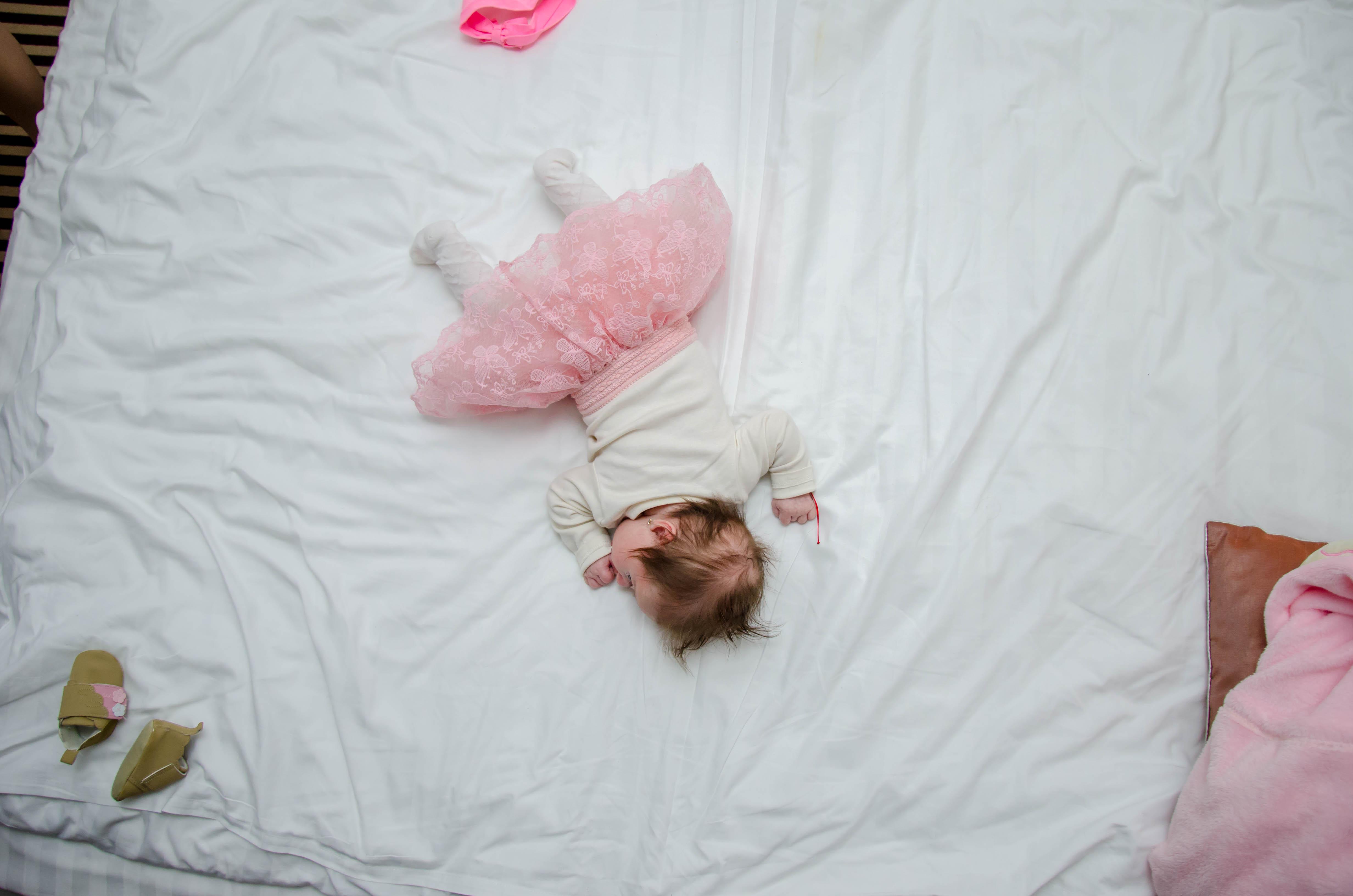 amikor_egyutt_elsz_egy_csecsemovel_baby_chameleon_stocksnap_qjd07h2oju_baby_chameleon_webshop.jpg