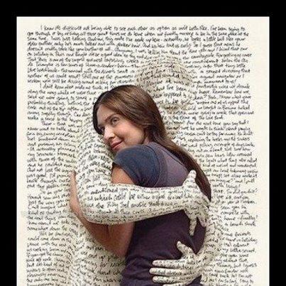 ölelő könyv.jpg