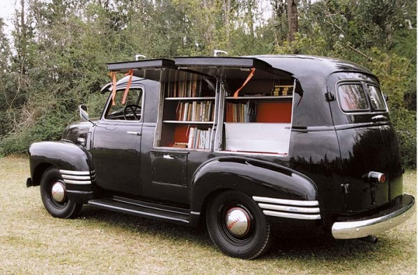 1949-chevy-book-mobile-600x395.jpg