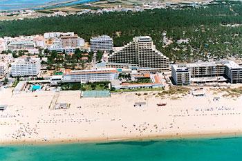 yellow_monte_gordo_beach_suite_hotel_exterior_monte_gordo_portugal.jpg