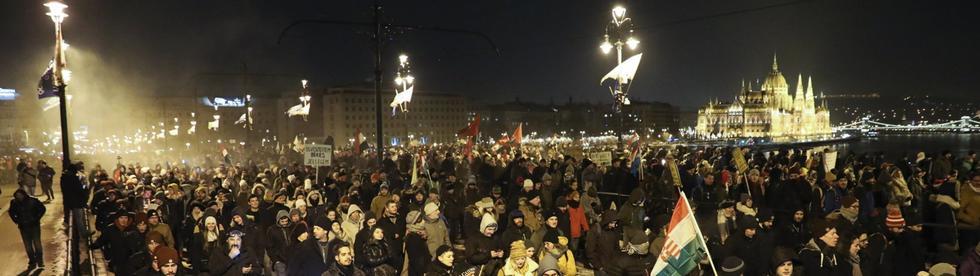 proteste-ungarn-105_v-modpremium.jpg