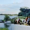 Kerékpárral a Tisza-tónál és egy régi csapat útjának emlékei