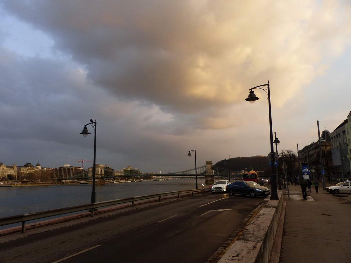Felhőkép a fényképezőgéppel