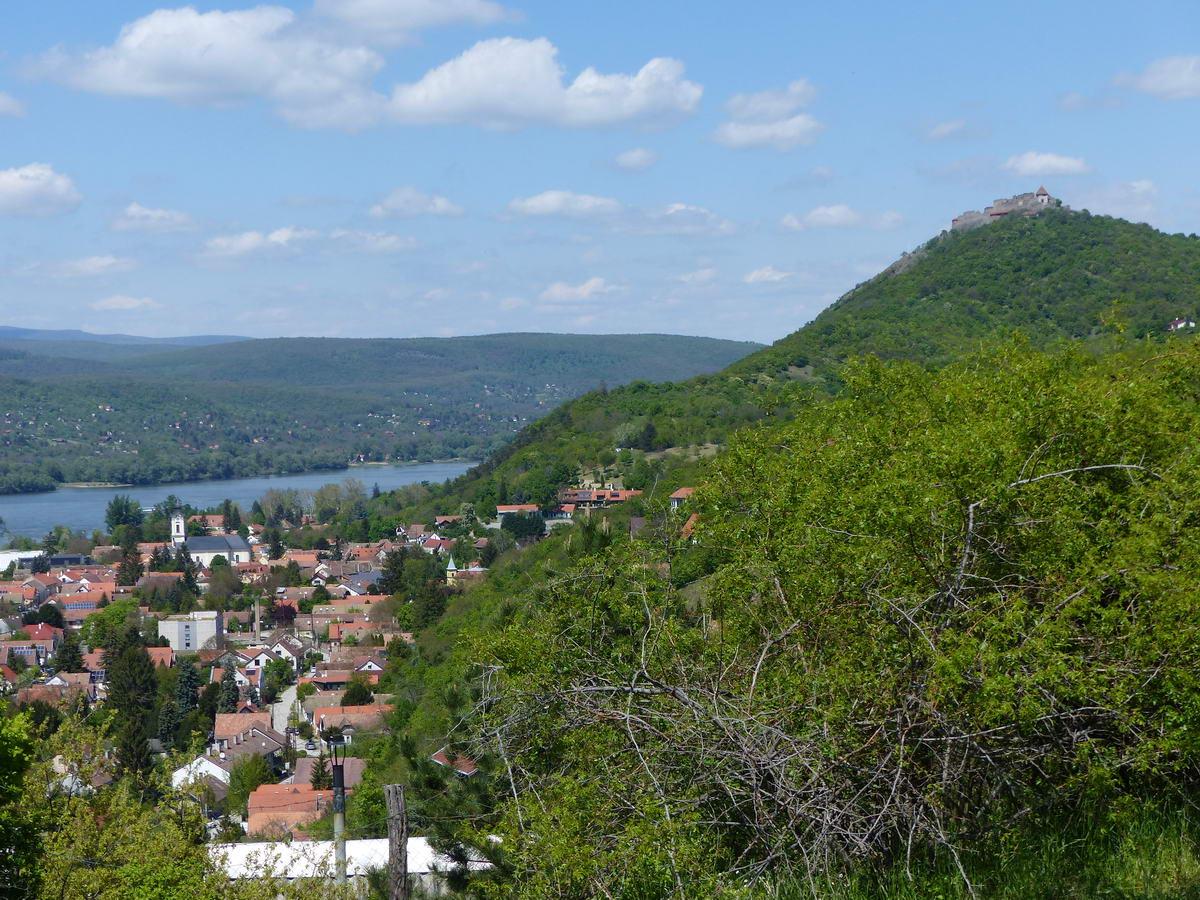 A városra és a Fellegvárra is szép a rálátás