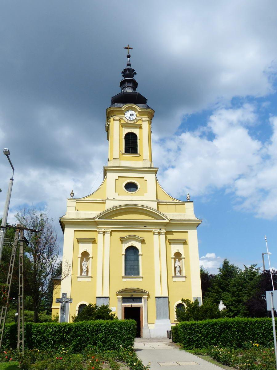 Tiszakécske római katolikus temploma