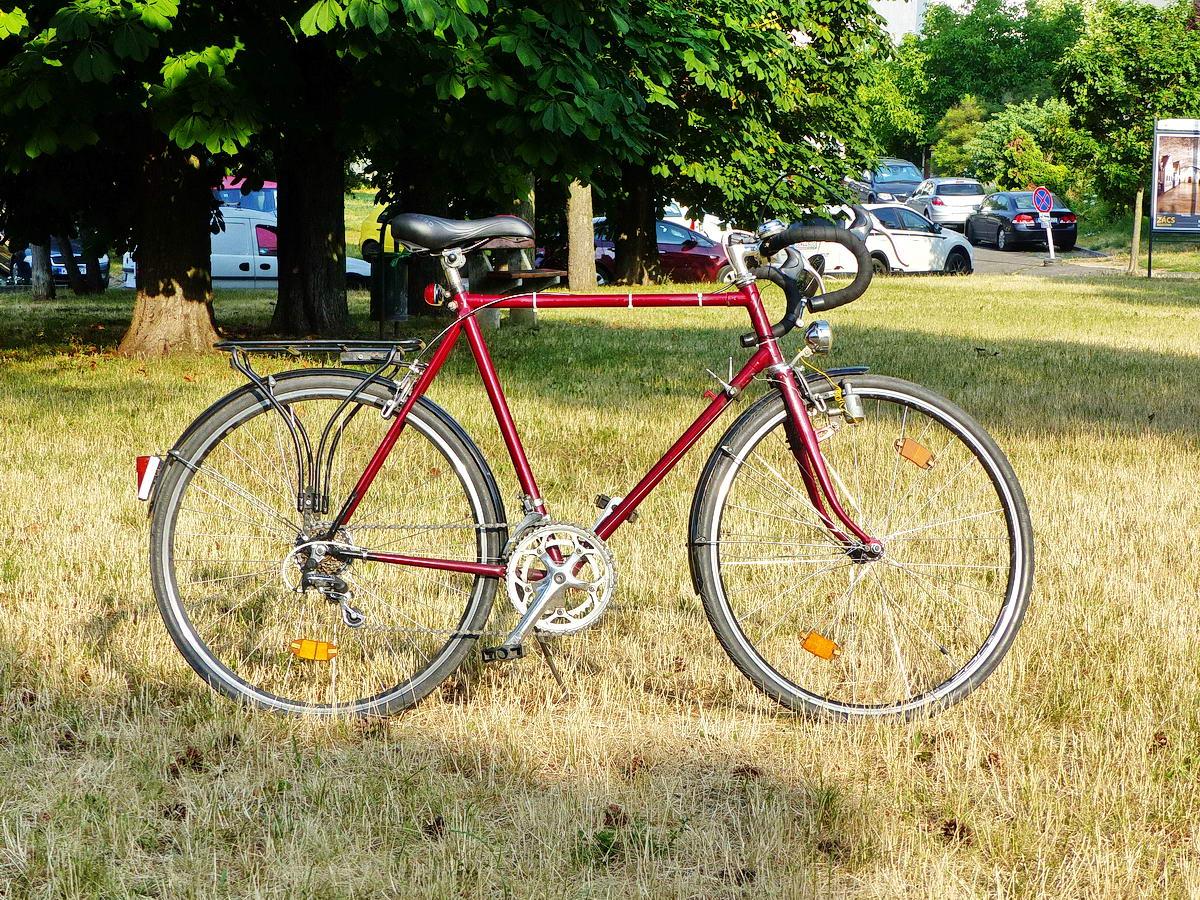 Saját kerékpárom csak úgy üresen