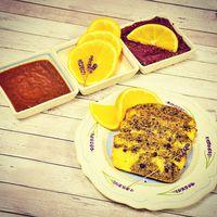 Csokoládés-narancsos márványsüti/Chocolate-orange marble cake #marble #marblecake #cake #chocolate #orange #cocoa #dominicancocoa #lavender #foodporn #foodphotography #foodlover #foodinspiration #dessert #instafood #bakerylife #bakeyoursmile #patakikerámia #yummie #mutimiteszel #mutimitsütsz #márványsüti #narancs #csoki #mik #mik_gasztro