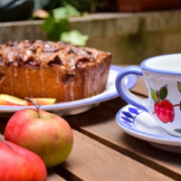 Fahéjas-almás gyümölcskenyér