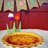 Sonkás quiche/Ham quiche #quiche #hamquiche #ham #cheese #gouda #pastry #pastrychef #bakemyday #bakerylife #bakeyoursmile #ilovebaking #homemade #homebaked #delicious #yummy #foodphotography #foodporn #foodlover #foodinspiration #tulips #spring #mik #mik_gasztro #mutimiteszel #mutimitsütsz