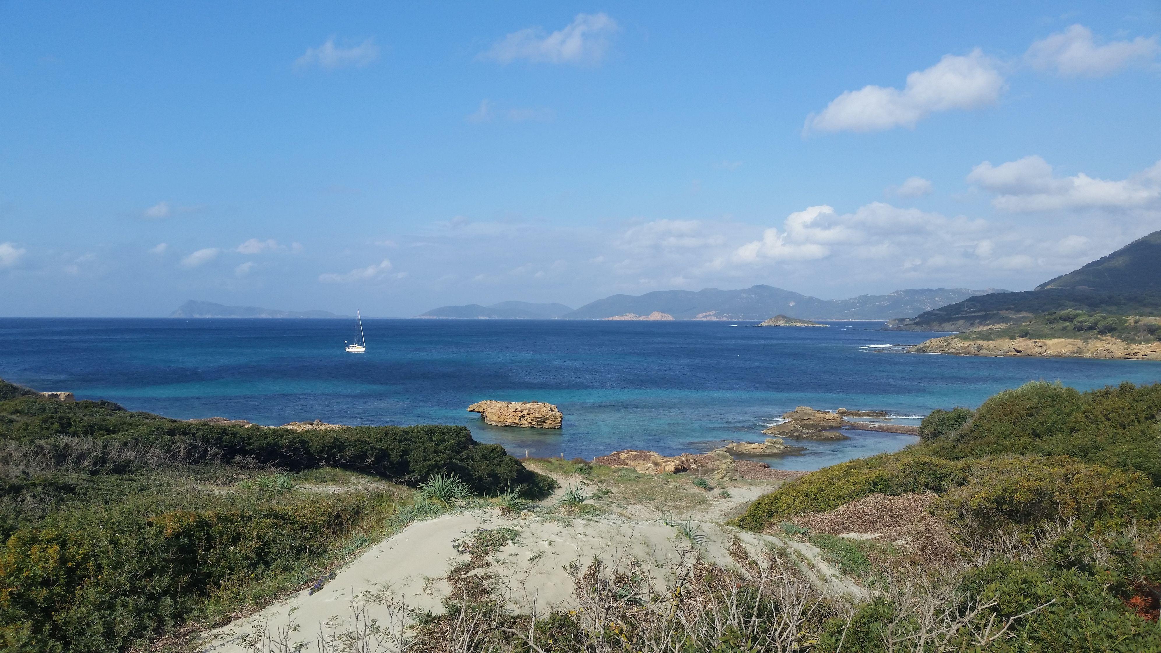 napsütéses tengerparton horog jennifer társkereső története