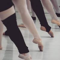 Nyári balett kurzus kezdő felnőtteknek 2019. július 20. szombat 09:00