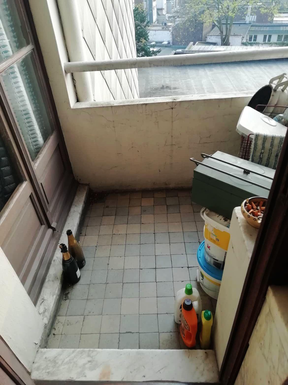 Erkélyzöldítés távolból - instant tavasz Kati brüsszeli erkélyén