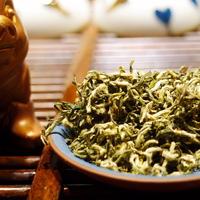 A Dong Ting hegy parfümös zöld teája