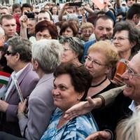 A Fidesz üzent a nyugdíjasoknak!