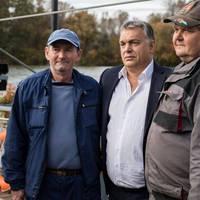 Orbán Viktor nem is tud a vízen járni!