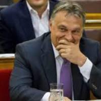 A Fidesz szavazó, meg a rabszolga törvény!