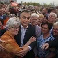 Kössz Orbán a nyugdíjas éveket!