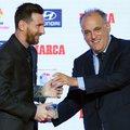 Messi begyűjtötte az előző szezon elismeréseit