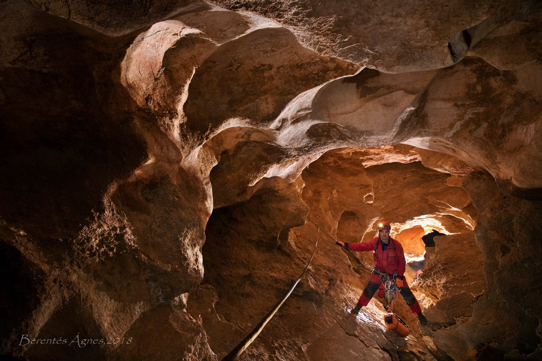Jeges-barlang – Gyovai Tamás társaságában.