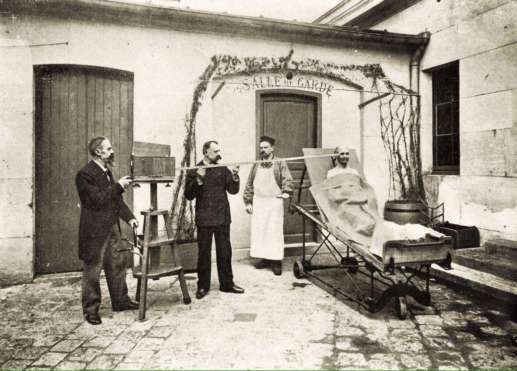 1880_holttestfotozas_a_rendorsegi_nyilvantartasba.jpeg
