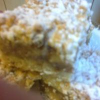Omlós almás-diós sütemény
