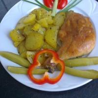 Tepsis csirkecomb 5 fűszeres krumplival
