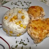 Fűszeres tejfölben sült csirke