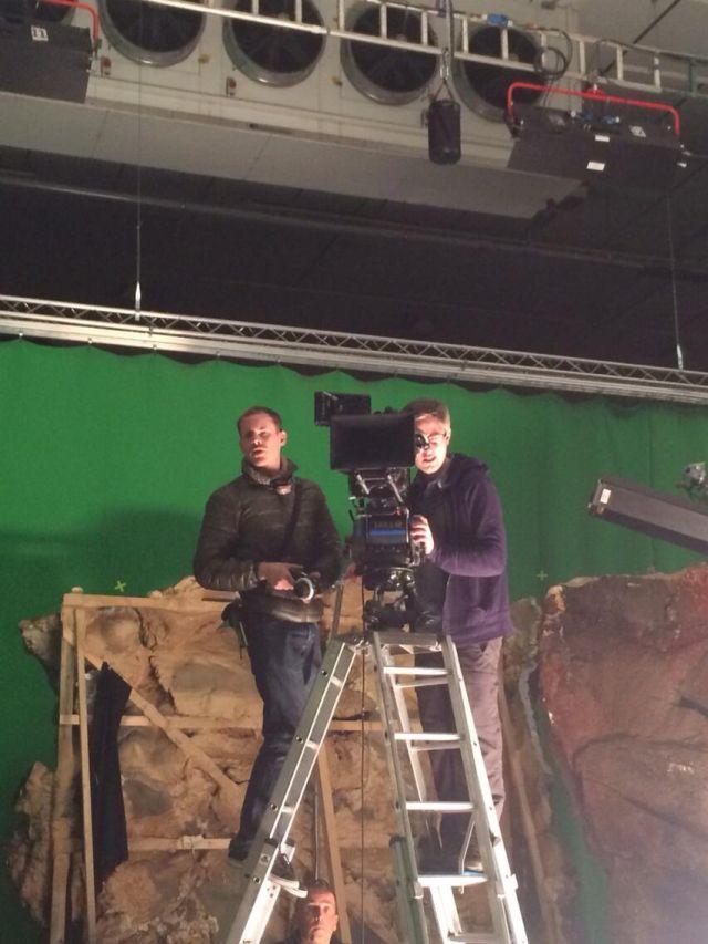 """A """"B"""" kamera mögött Jason Cuddy első kameraasszisztens és Ed Moore, a második stáb operatőre (fotó: Dale McCready)"""