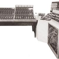 Egy kép: Stúdióenteriőr-részlet az ezerkilencszázötvenes évekből