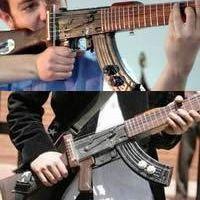 Davaj-gitár? Nem: Escopetarra!