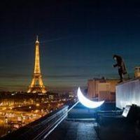 Műhold Párizsban