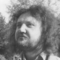 Langyos tóban lubickolunk a nagy rockhullám előtt – Miklós Tibor interjúkötetéről