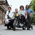 Bemutatkozó kislemezek – V' Moto-Rock: Motor boogie – Nyújtsd hát a kezed