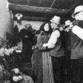 """""""Zene és tánc, úgy mint Széken"""" – Az első budapesti táncházról (1972. május 6.)"""