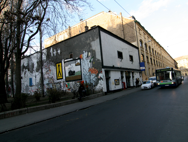 budapest_kultiplex_ix_kinizsi_utca_28.jpg