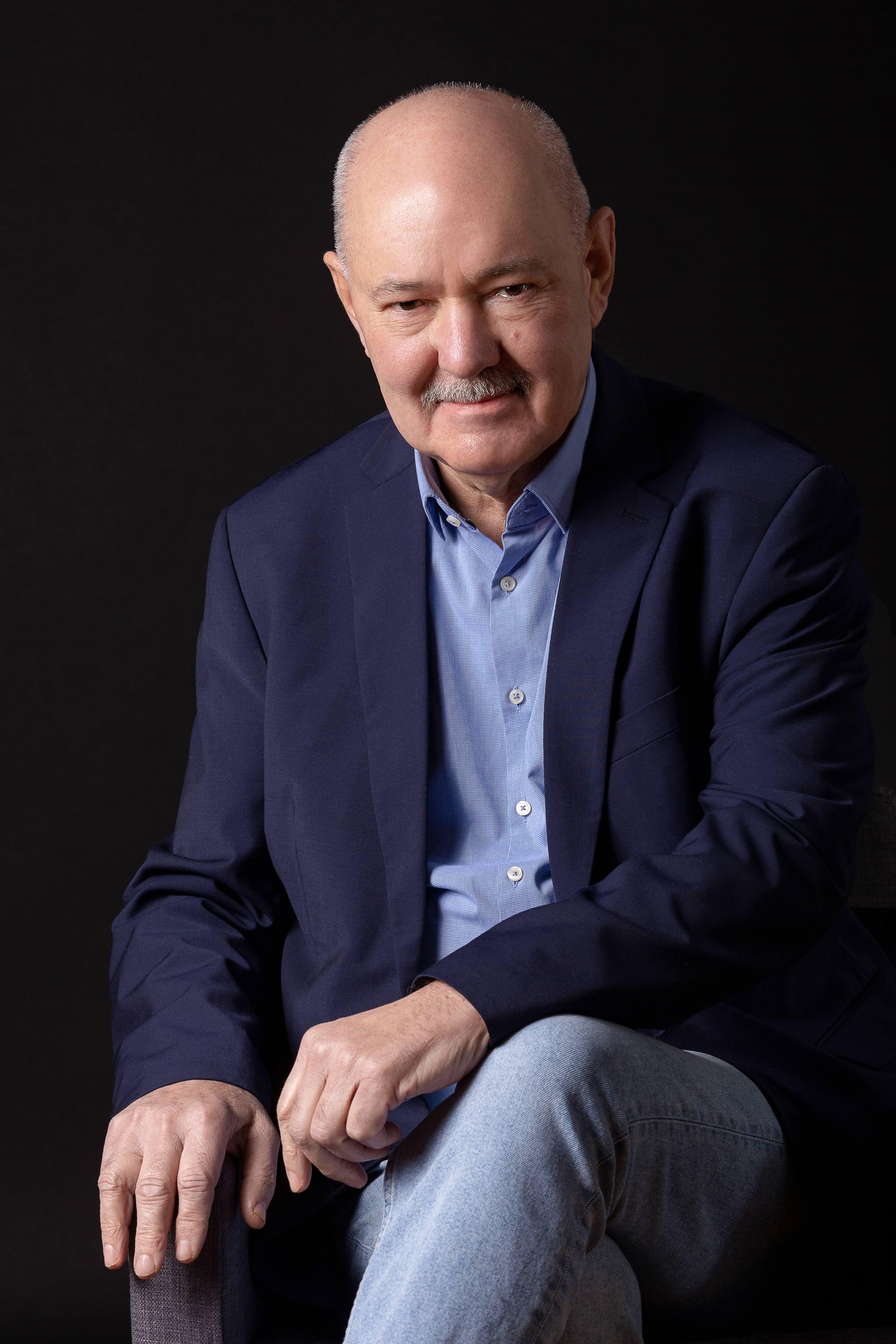 Kármán Sándor (1950- ) gyűjtő, alapító